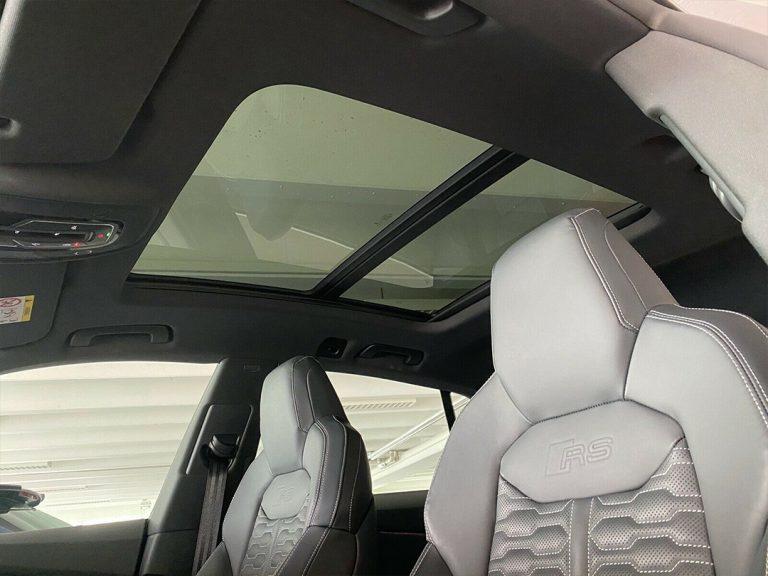 Audi-RSQ8-4-V4