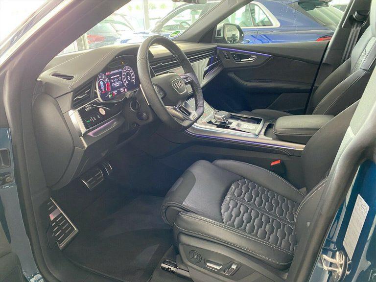 Audi-RSQ8-4-v5